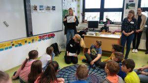 Obiskali so nas študenti s profesorico iz Pedagoške visoke šole iz Celovca.