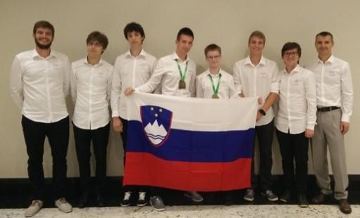 Velik uspeh slovenske ekipe na 58. Mednarodni matematični olimpijadi 2017