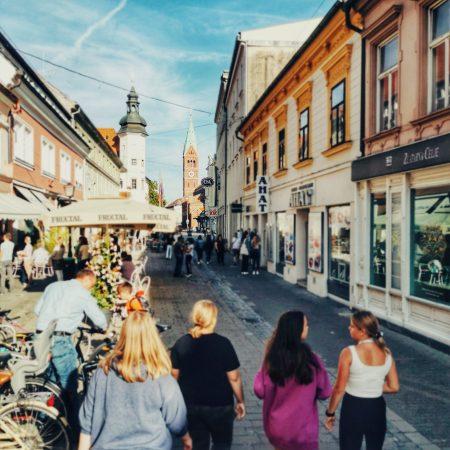 Sladkosnedni sprehod po Mariboru :)