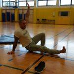 V petek, 4. 12. 2020 smo imeli športni dan, vadbo je vodil tudi Denis Porčič, obrazno jogo je vodila Nives Osvald kar iz ZDA