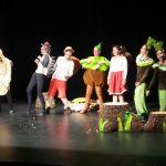 Gledališka skupina KPD Josip Lavtižar v kateri nastopajo tudi naši učenci je odigrala v Ljudskem domu igrico