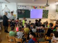 15. 4. 2019 – Vrtec na obisku v 1. b razredu