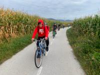 8. 9. 2020 – Devetošolke in devetošolci kolesarili in veslali